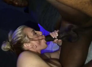 Cougar gives messy head to ebony fellow