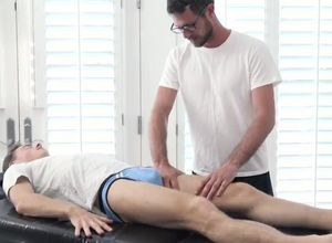 FamilyDick-Handsome Senior Masseuse..