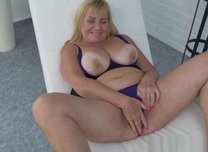 European gilf Pem still needs orgasmic..