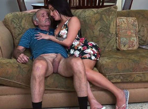 BLUEPILLMEN - Granddad Frankie Is A..