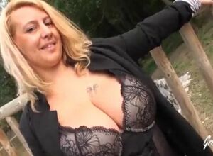 Chunky knockers french milf
